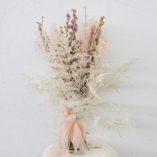 Bouquet Ruscus Rosa Delphinium Rosa Felci Bianche